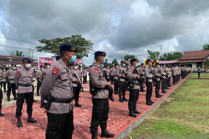 355 anggota Polisi siap amankan TPS untuk Pilkada Bengkayang