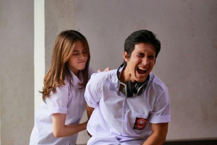 Adhisty Zara dan Junior Roberts bintangi serial