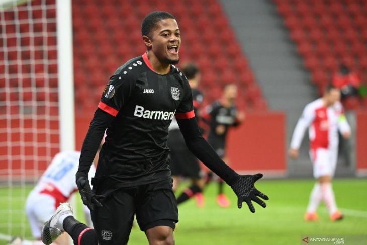 Leverkusen tutup dengan kemenangan atas Slavia