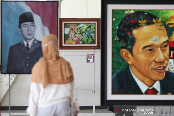IWPI Jatim pamerkan 74 lukisan di Untag dengan penerapan protokol kesehatan