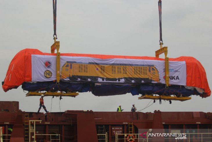 INKA exports first  locomotives to Philippines