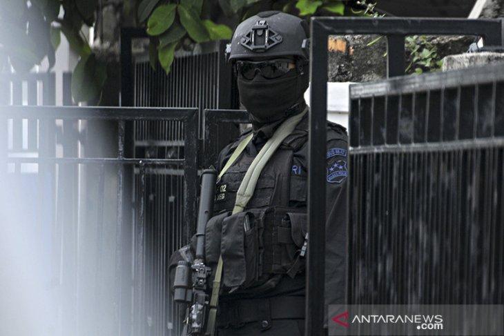 Densus 88 Antiteror tangkap terduga teroris Zulkarnaen