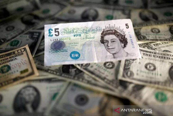 Dolar AS menguat karena investor menghindari mata uang berisiko