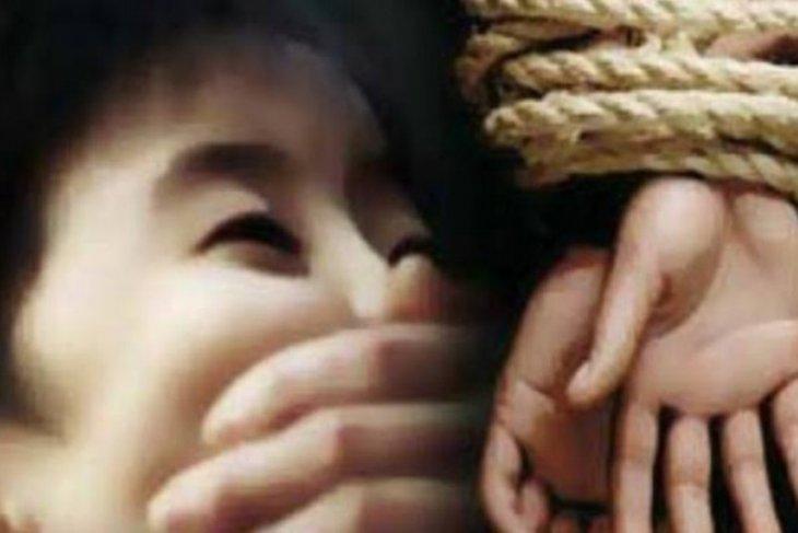 Ibu yang bunuh tiga anak kandung di Nias Utara meninggal dunia kerena tak mau makan