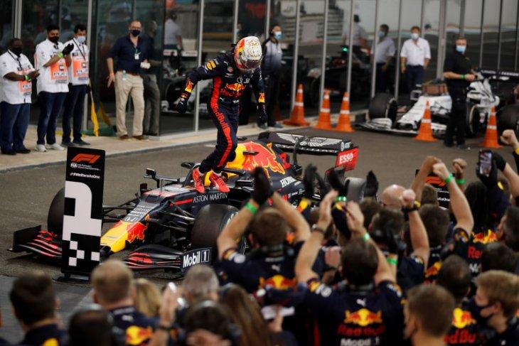Formula 1: Verstappen juarai balapan penutup musim di Abu Dhabi