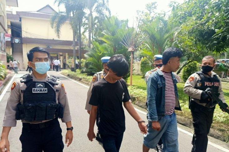 Two men nabbed smuggling drugs into Medan city prison