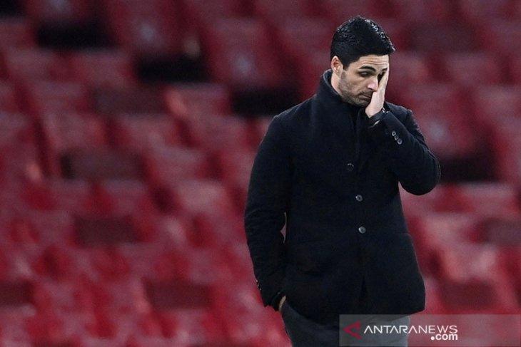 Mikel Arteta pasang badan hadapi kritikan
