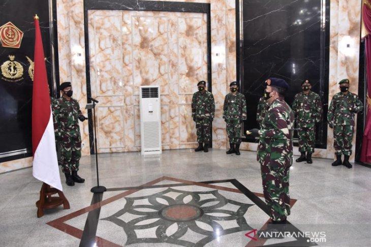 Panglima TNI terima laporan kenaikan pangkat lima perwira tinggi