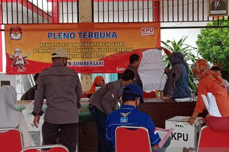 Pilkada Jember: Saksi Faida-Vian tolak tanda tangan rekap kecamatan