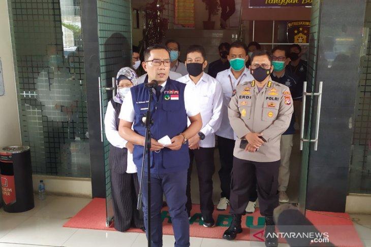 Ridwan Kamil sebut pernyataan Menkopolhukam picu kerumunan penjemputan Rizieq Shihab