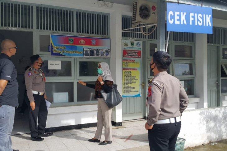 Ombudsman temukan pungutan liar di Samsat Padang