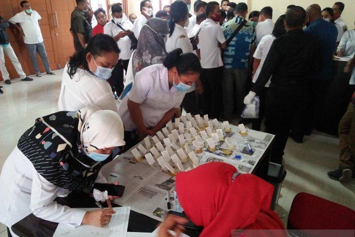 Empat pimpinan DPRD Provinsi Maluku bebas narkoba