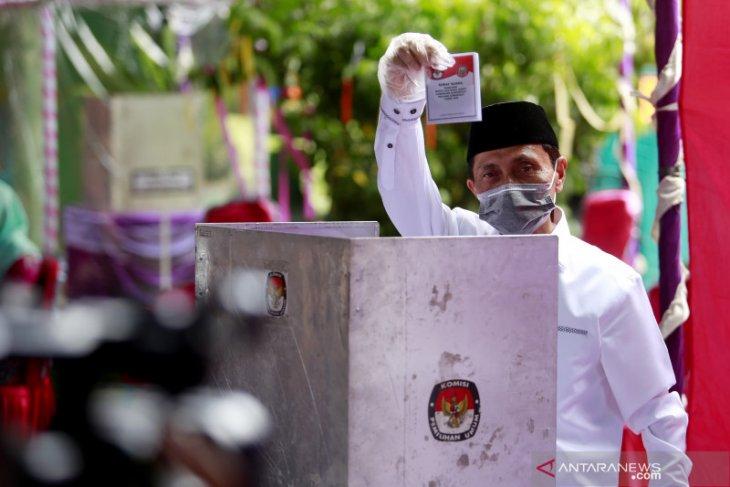 Nelson-Hendra raih suara terbanyak rekapitulasi KPU Gorontalo