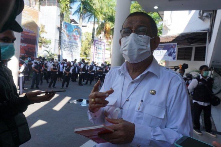 Wali Kota Ambon imbau warga merayakan Natal secara sederhana