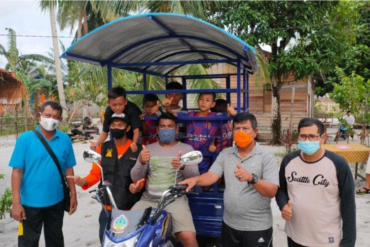 Bupati Citra serahkan bantuan kendaraan angkutan untuk siswa