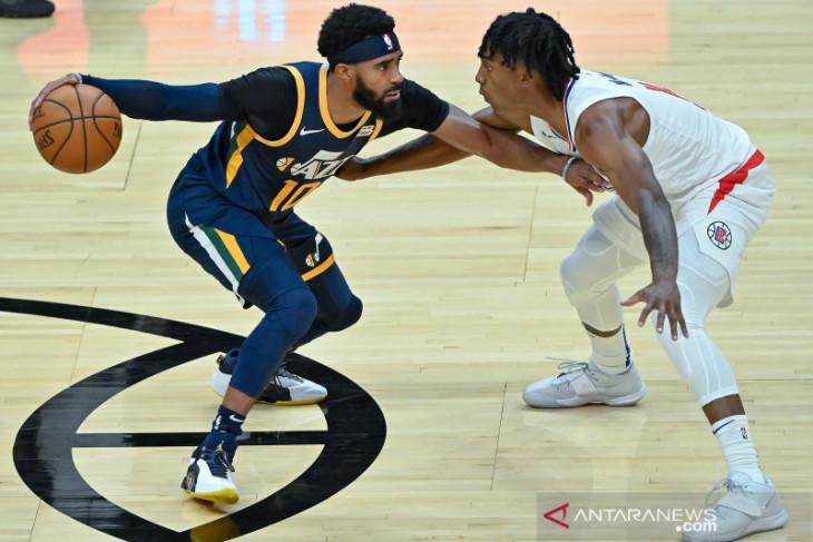 Basket NBA, Utah Jazz berharap  pertahankan Mike Conley