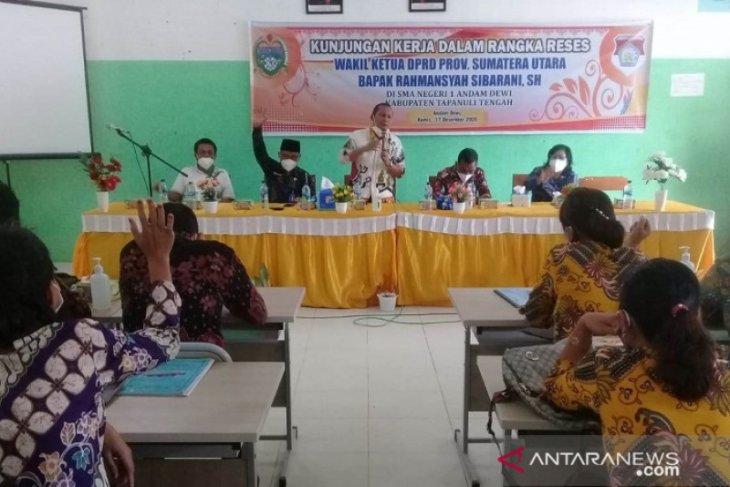 Reses ke SMAN 1 Andam Dewi, Rahmansyah motivasi para siswa agar berhasil