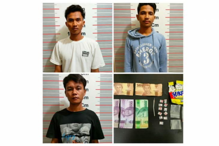 Tiga pemuda Pangkalan Susu diringkus polisi miliki sabu-sabu 1,72 gram