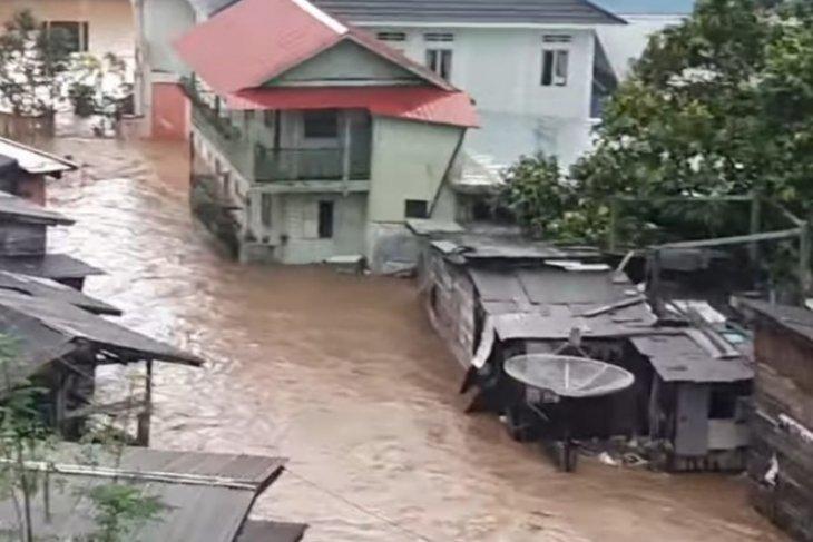 Banjir bandang dan tanah longsor landa Kabupaten Anambas