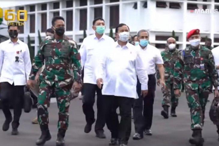 Kunjungi Mabesad, Menhan Prabowo paparkan revisi doktrin TNI AD
