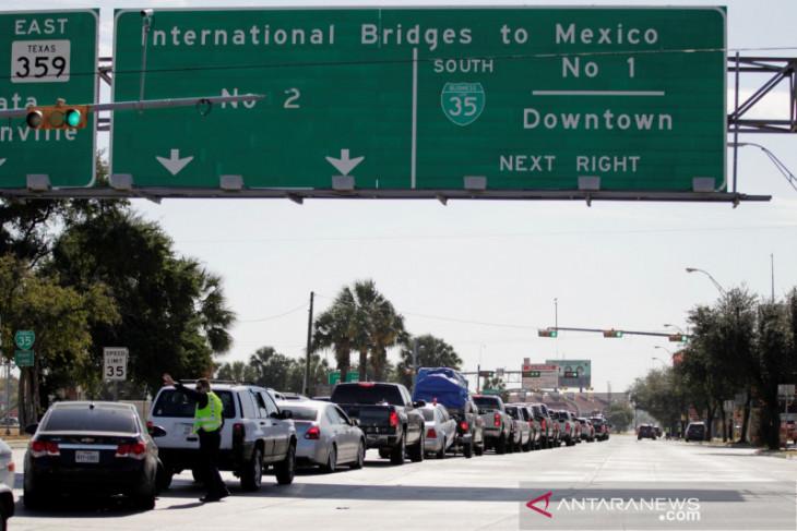 Penjaga perbatasan AS  tahan 14 prajurit Meksiko