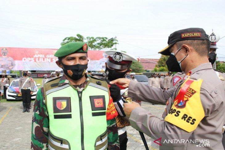 Seratusan personel gabungan amankan Natal dan tahun baru di Sampang