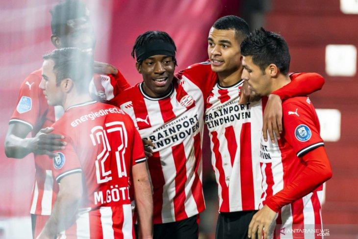 PSV hapus jarak dari Ajax selepas  hantam VVV Venlo