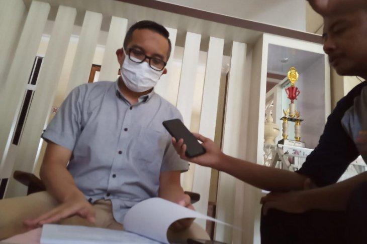Terdakwa kasus korupsi PDAM Tulungagung positif COVID-19, sidang ditunda