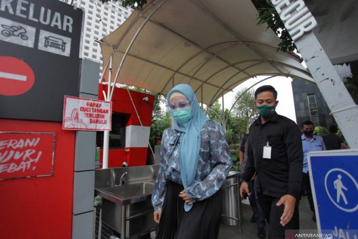 Penyidikan kasus izin ekspor terus bergulir, KPK panggil istri tersangka Edhy Prabowo