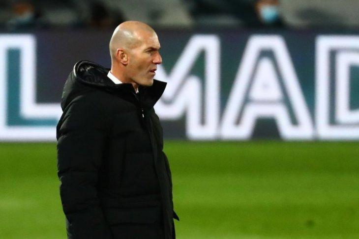 Real Madrid mestinya hajar Elche, kata Zidane