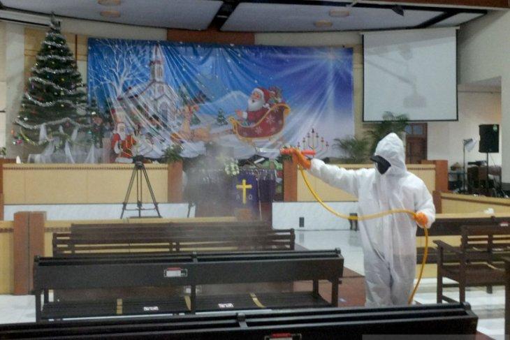 PMI Jember disinfeksi gereja jelang Natal