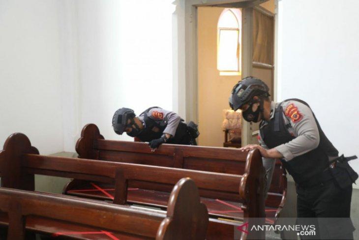 Polresta Bogor Kota lakukan sterilisasi di sejumlah gereja jelang Natal