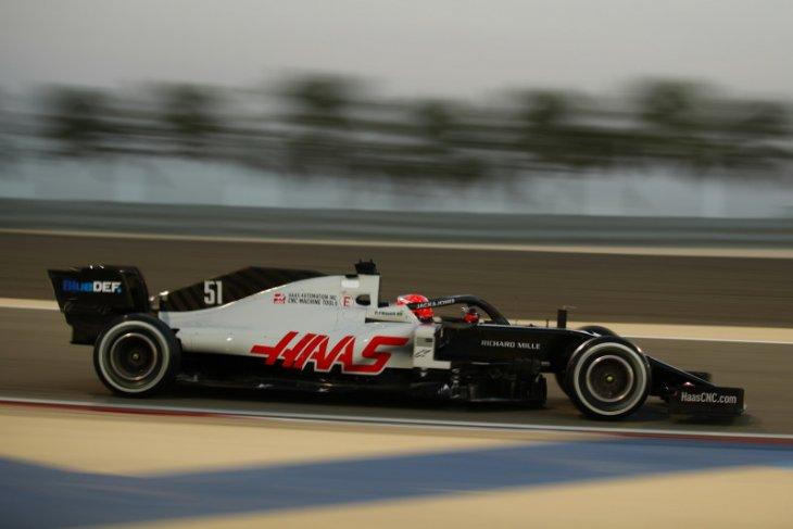 Haas pertahankan Mazepin untuk F1 2021