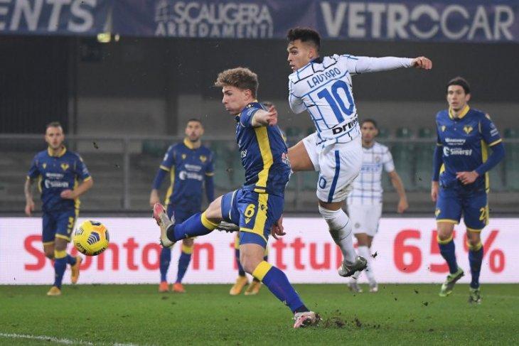 Inter Milan rebut pucuk klasemen usai taklukkan Verona 2-1