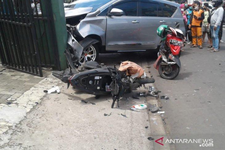 Polrestro Jaksel amankan polisi tabrak pemotor hingga tewas