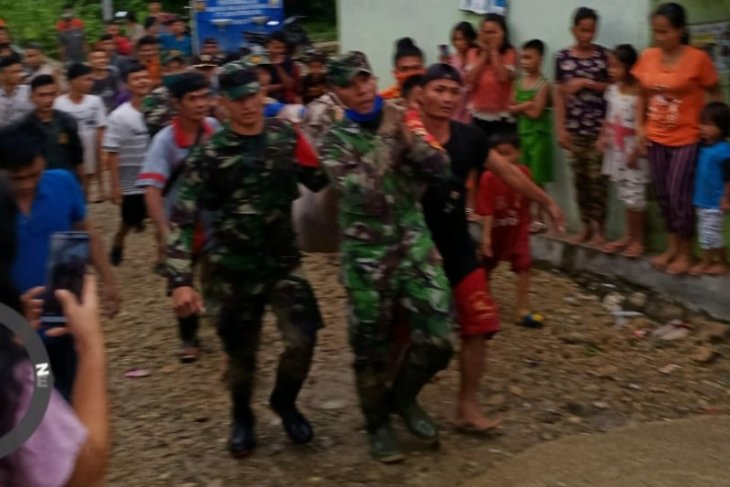 Basarnas Nias temukan satu korban terseret arus Sungai Uluhou