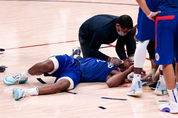 Pemain LA Clippers dapat delapan jahitan di mulut