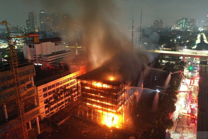 Enam tersangka kebakaran Kejagung diserahkan tahap II awal Januari
