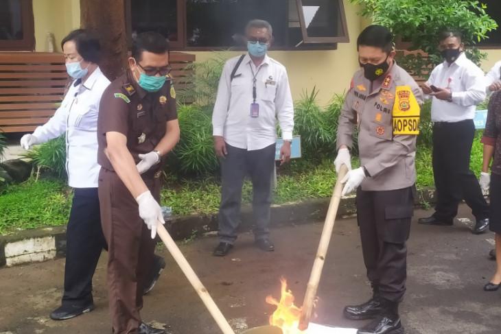 Polda Bali jaga ketat daerah wisata cegah narkoba Tahun Baru