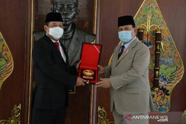 Menhan Prabowo sambut Wamenhan baru di Kemhan