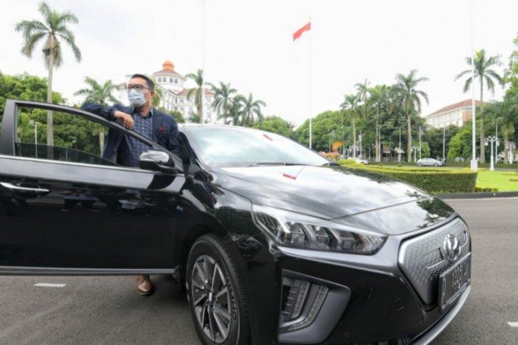 Jabar jadi provinsi pertama di Indonesia yang miliki kendaraan dinas berupa mobil listrik