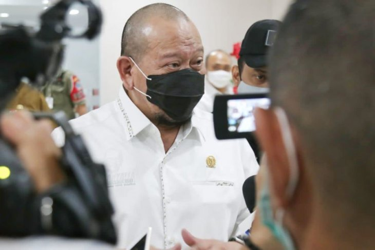 Ketua DPD La Nyalla minta ASN tingkatkan kinerja seiring kenaikan tunjangan