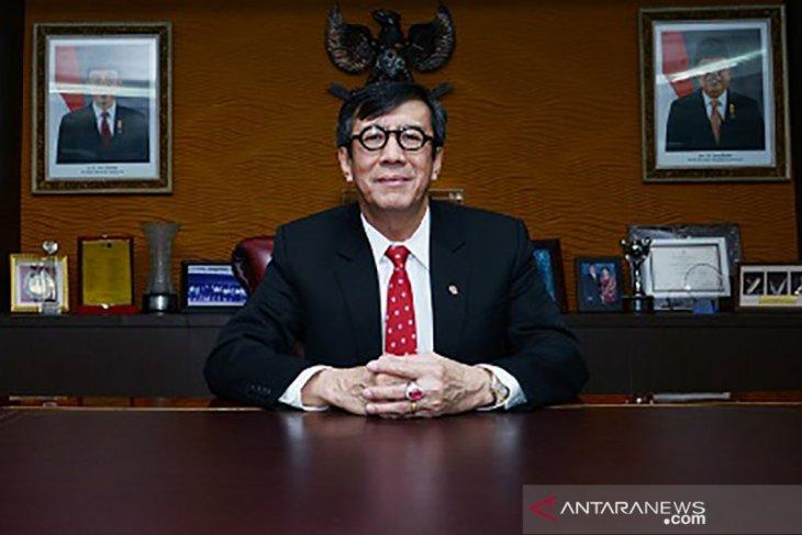 Minister lauds agreement on 2021 priority legislative program list