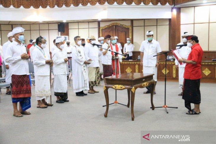Gubernur Bali minta birokrasi bekerja luar biasa