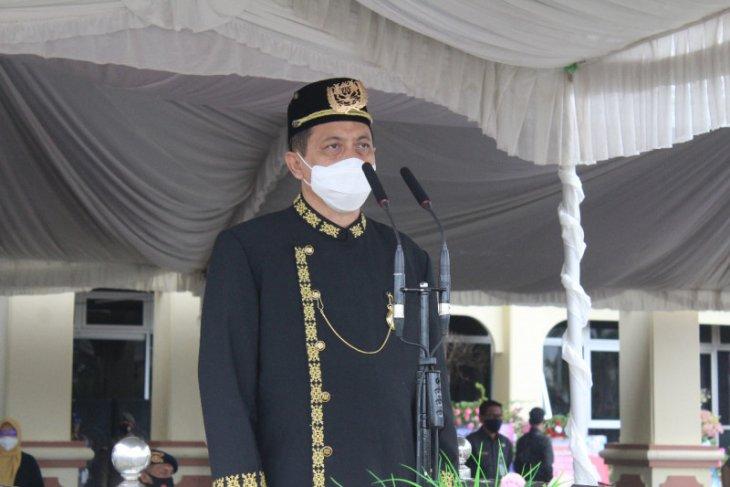 Wagub Kaltim pimpin upacara HUT ke- 61 Kabupaten Paser