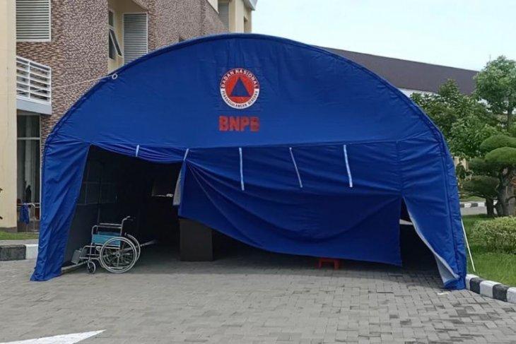 Antisipasi ruangan penuh, RS SLG Kediri persiapkan tenda darurat untuk pasien COVID-19