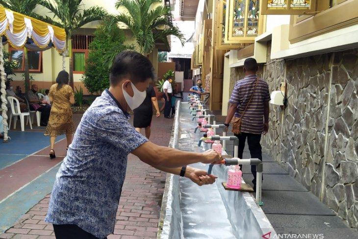 Polresta Pulau Ambon sekat ruas jalan jelang Tahun Baru 2021