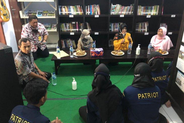 Dispersip Jatim apresiasi program ruang belajar daring Perpustakaan Patriot