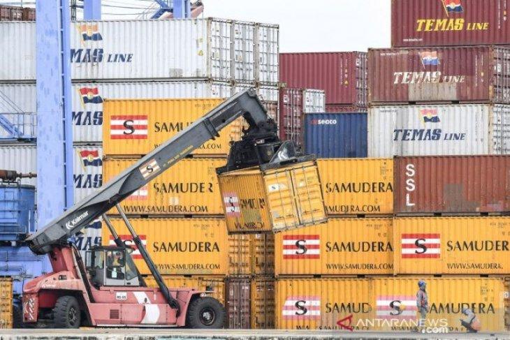 Neraca perdagangan RI surplus 2 miliar dolar pada Februari 2021