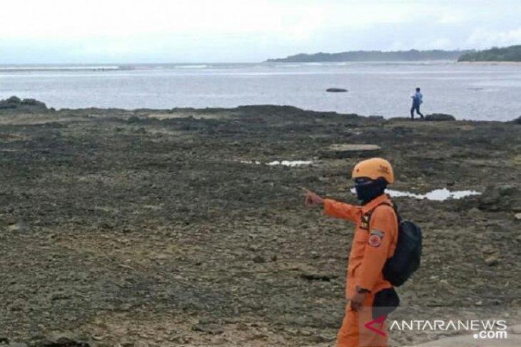 Pencarian wisatawan Bogor tenggelam di laut Sukabumi belum buah hasil